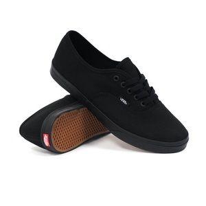 Vans Low Pro Sneakers